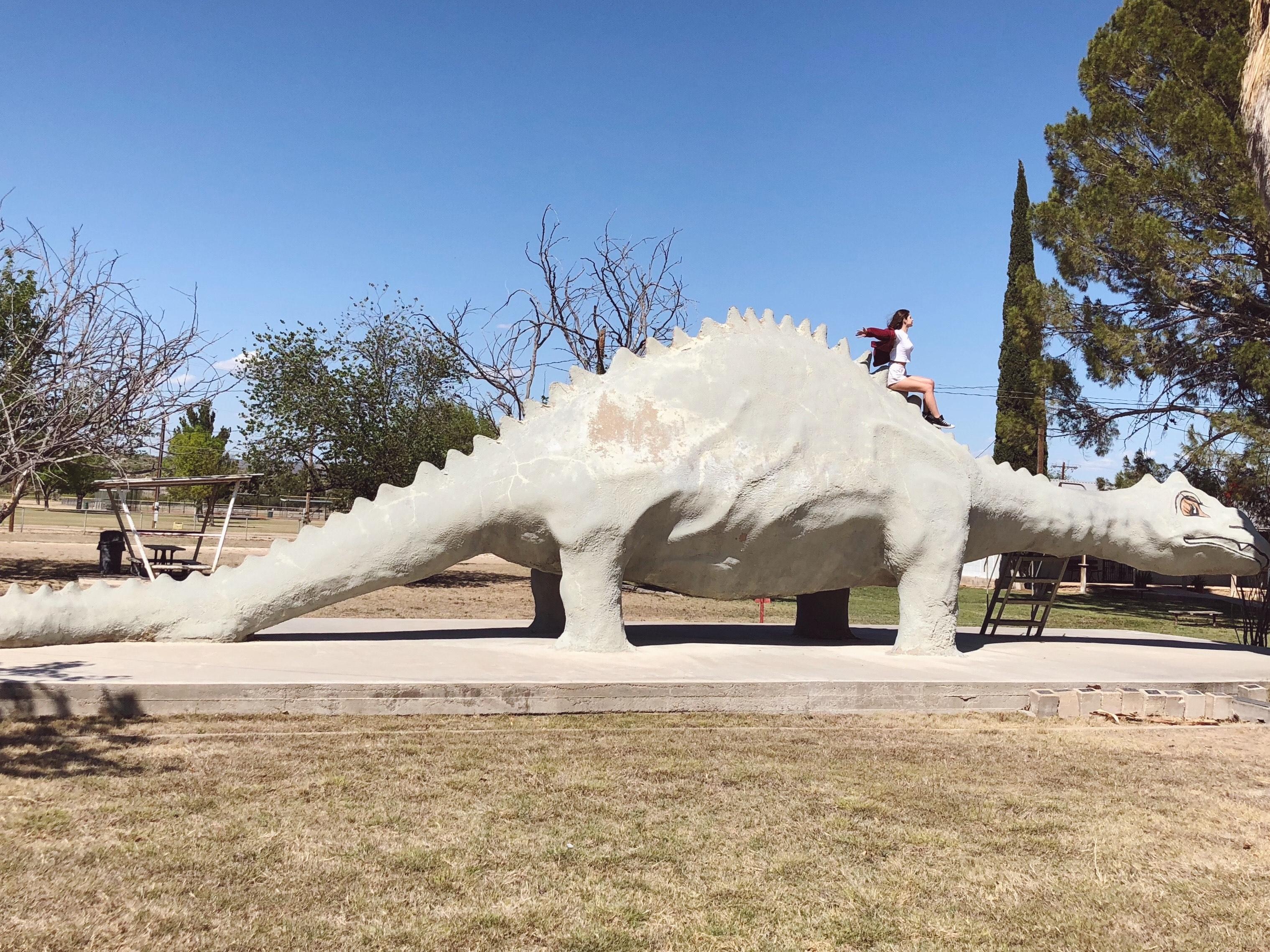 Roadside attraction Dinosaur at Alley Oop Park, Texas